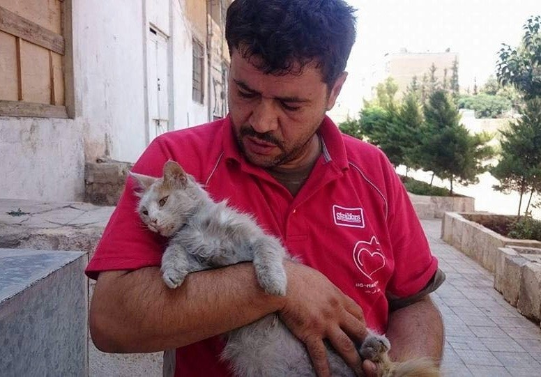 mohammad holding a cat