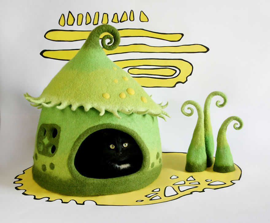 fairy tale cat house 3
