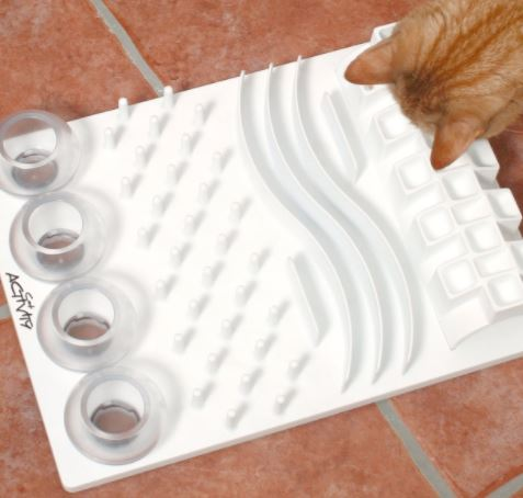 7 Cat Food Puzzles That Will Feed Your Cat S Hunter Spirit