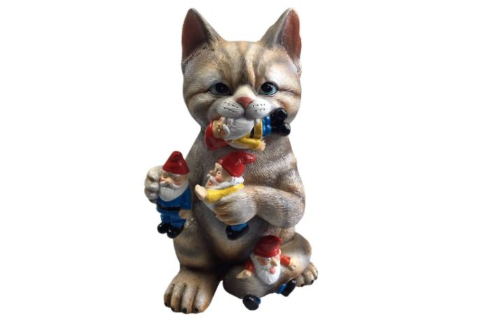 cat garden gnome lawn ornament 1